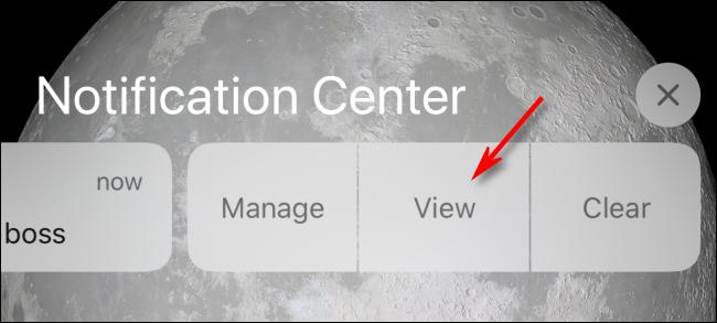 Appuyez sur Afficher dans le centre de notifications ou sur l'écran de verrouillage pour afficher sur iPhone