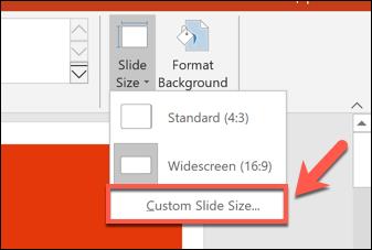 """Pour définir une taille de diapositive PowerPoint personnalisée, appuyez sur Conception> Taille de diapositive> Taille de diapositive personnalisée."""" width=""""337″ height=""""227″ onload=""""pagespeed.lazyLoadImages.loadIfVisibleAndMaybeBeacon(this);"""" onerror=""""this.onerror=null;pagespeed.lazyLoadImages.loadIfVisibleAndMaybeBeacon(this);""""/></p> <p>Différentes tailles de diapositives prédéfinies, telles que les formats de papier A3 ou A4, sont affichées dans le menu déroulant «Diapositives dimensionnées pour».</p> <p>Sélectionnez l'une de ces options prédéfinies ou définissez manuellement les dimensions de votre diapositive à l'aide des cases d'option """"Largeur"""" et """"Hauteur"""". De là, cliquez sur le bouton «OK» pour enregistrer.</p> <p><img class="""