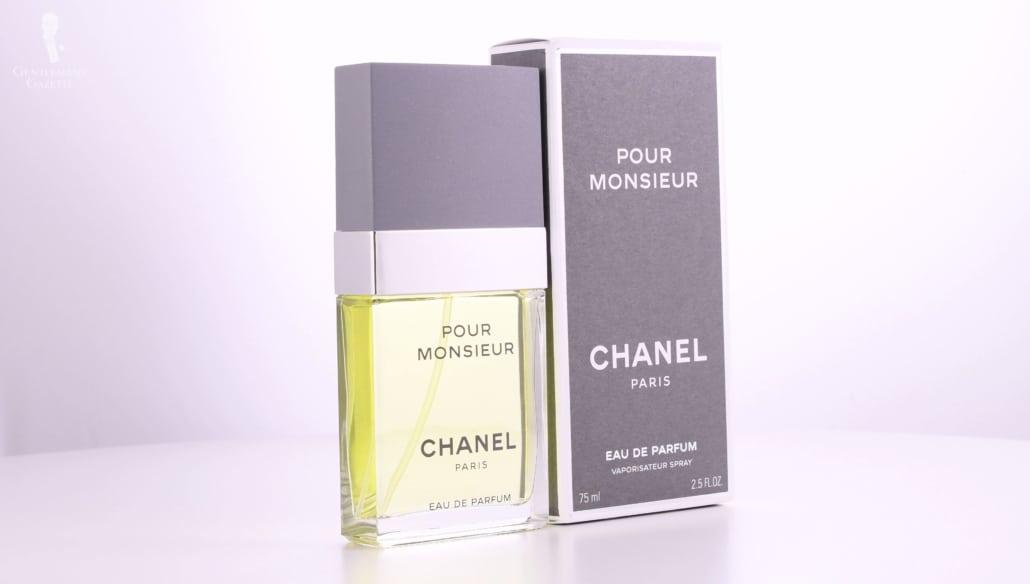 Pour Monsieur Eau de Parfum est une version plus intense de l'original qui est l'Eau de Toilette