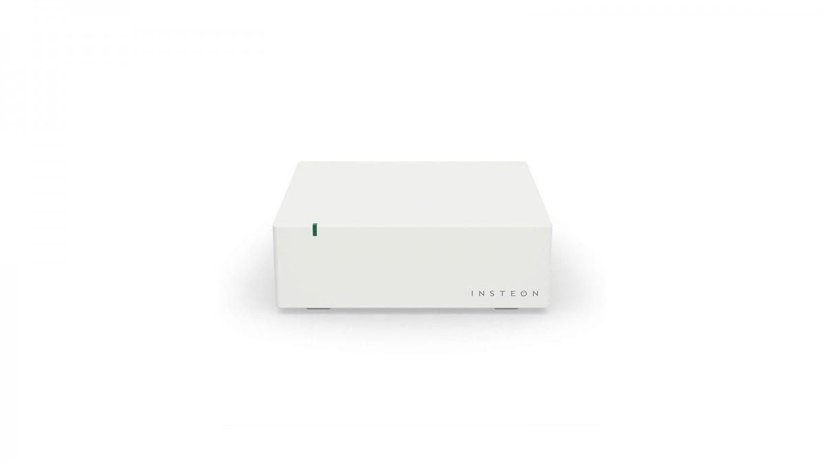 Un hub Insteon blanc avec un seul indicateur LED.