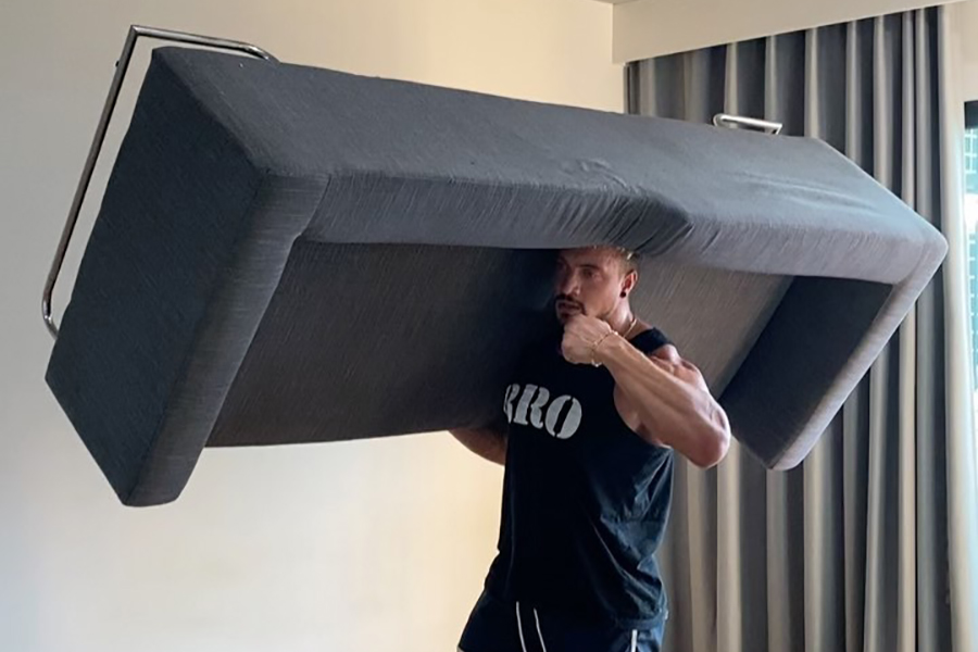 soulever un divan exercice intérieur