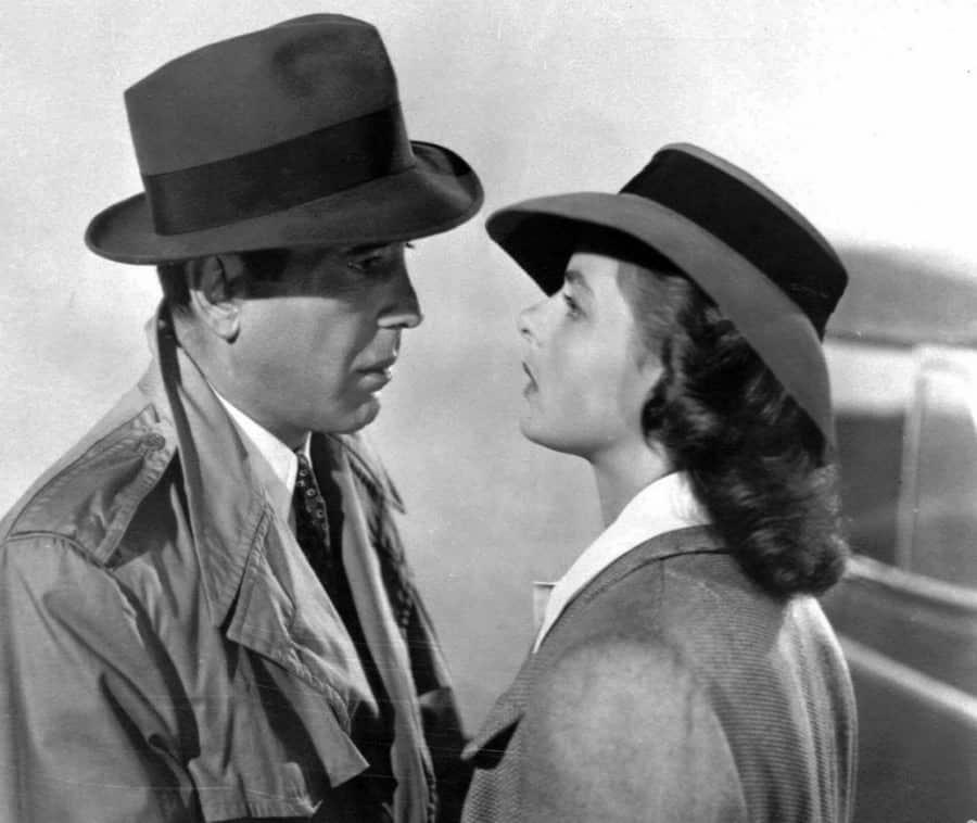 Célèbre scène de trench-coat de Casablanca