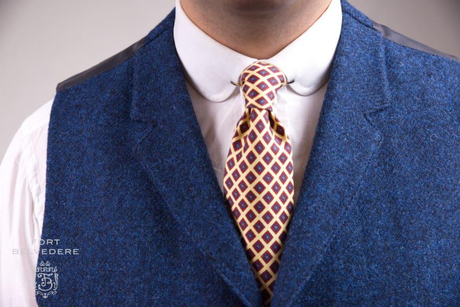 Tenue décontractée business en tweed