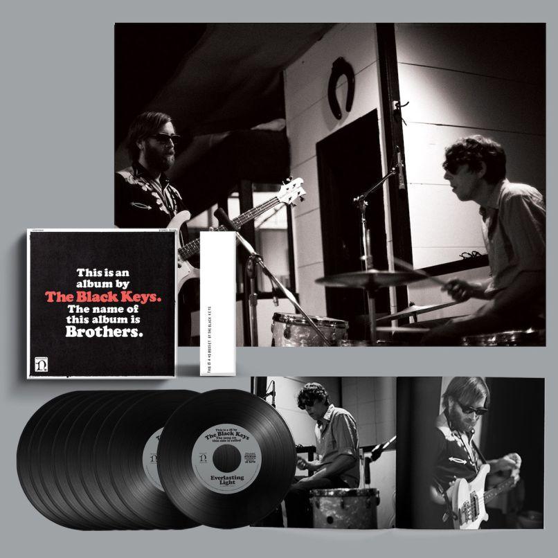 Black Keys Brothers 10th Anniversary Deluxe Reissue Coffret 7 pouces Vinyle The Black Keys Unveil 10e Anniversary Deluxe Edition of Brothers: Stream