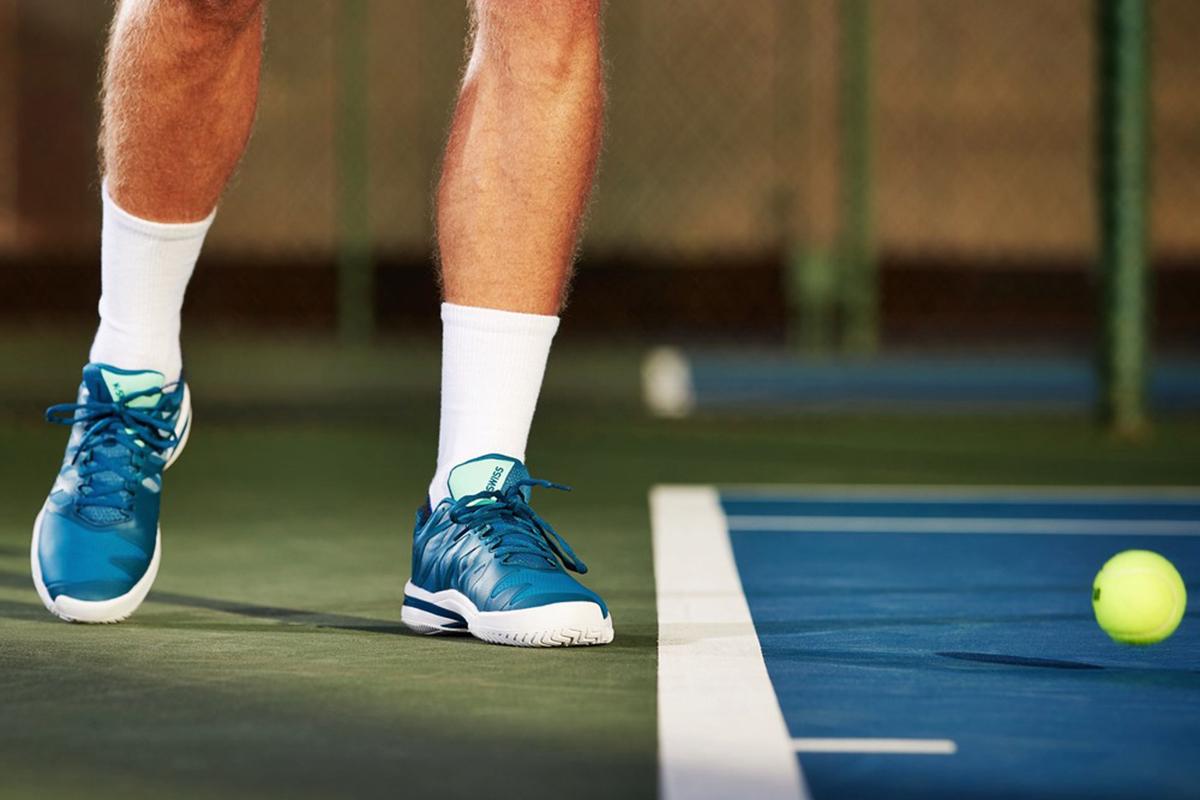 Meilleures marques de vêtements de tennis pour faire du sport sur le court K-Swiss