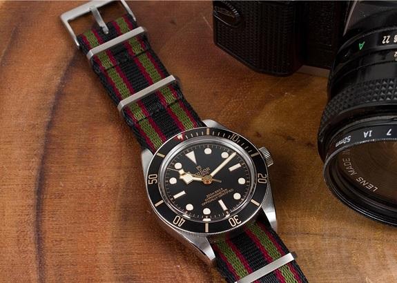 """Couronne et boucle """"Lier"""" Bracelet de montre NATO suprême"""