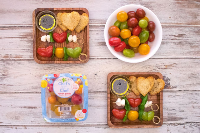 Comment faire des brochettes de salade caprese en forme de cœur