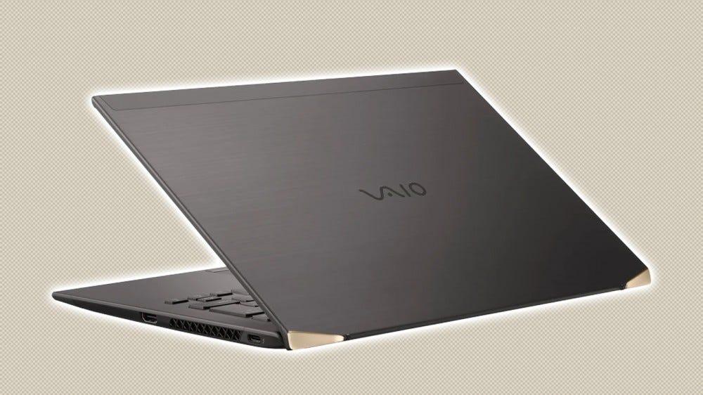 Une photo de l'ordinateur portable VAIO Z en fibre de carbone.