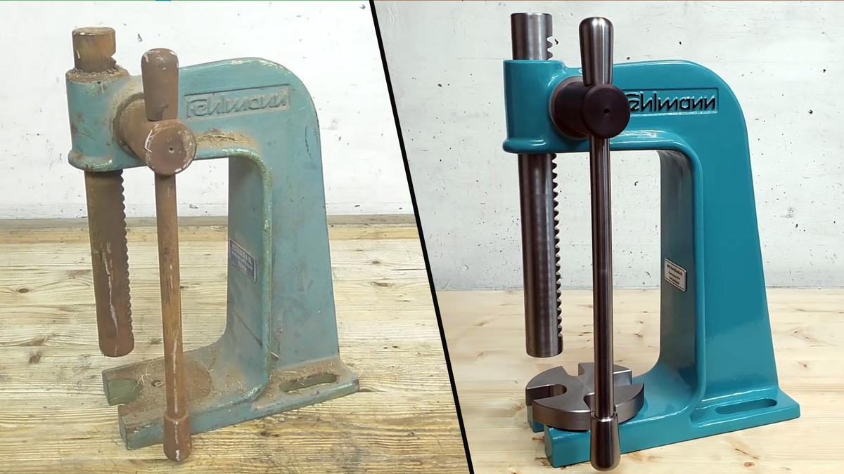 Une machine avant et après une restauration complète sur la chaîne YouTube `` mes mécaniciens ''